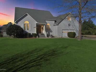 New Bern Single Family Home For Sale: 612 Alexis Drive
