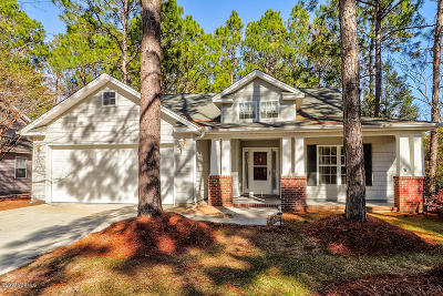 Southport Single Family Home For Sale: 3803 Harmony Circle