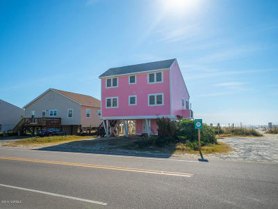 Oak Island Single Family Home For Sale: 601 E Beach Drive