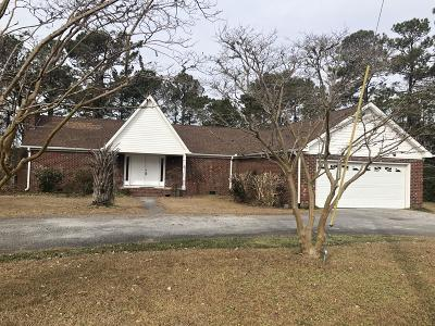 Newport Single Family Home For Sale: 322 Rollingwood Drive