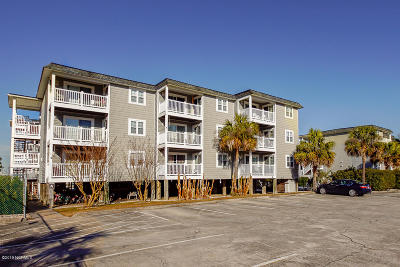 Oak Island Condo/Townhouse For Sale: 5400 E Yacht Drive #A7