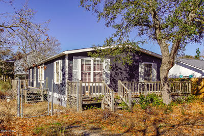 Oak Island NC Single Family Home For Sale: $137,500