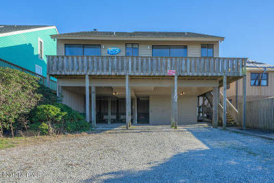 Surf City Single Family Home For Sale: 1204 S Shore Drive