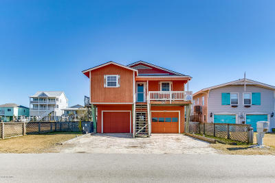 Holden Beach Single Family Home For Sale: 126 Sand Dollar Street