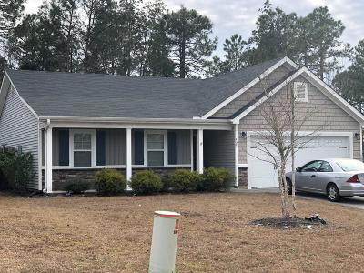 Sneads Ferry Single Family Home For Sale: 421 Blue Pennant Court