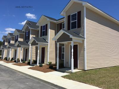 Onslow County Condo/Townhouse For Sale: 103 West Murrow Lane