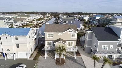 Ocean Isle Beach Single Family Home For Sale: 185 E Second Street