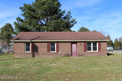 Edgecombe County Single Family Home For Sale: 1604 Windsor Drive