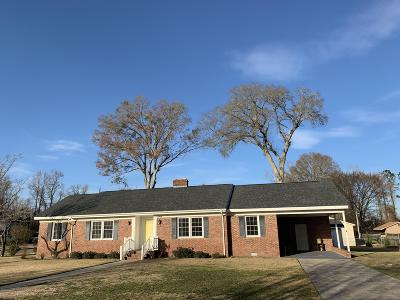 New Bern NC Single Family Home For Sale: $159,900