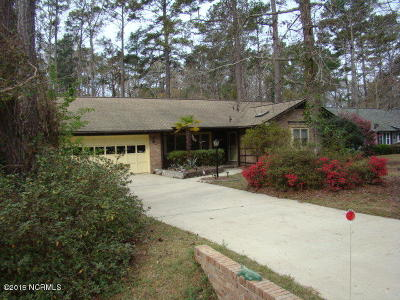 Carolina Shores Single Family Home For Sale: 41 Bayberry Circle