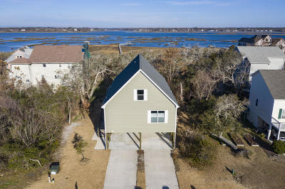 Surf City Single Family Home For Sale: 39 S Oak Drive