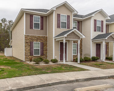 Onslow County Condo/Townhouse For Sale: 133 Glen Cannon Drive