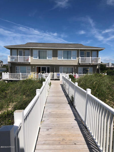 Emerald Isle Single Family Home For Sale: 5309 Ocean Drive #W