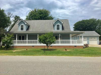 Oak Island Single Family Home For Sale: 2008 E Oak Island Drive