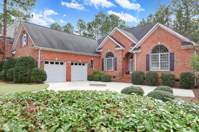 Southport Single Family Home For Sale: 3647 Players Club Drive SE