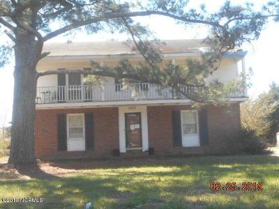 Rocky Mount Single Family Home For Auction: 3217 Ridgecrest Drive