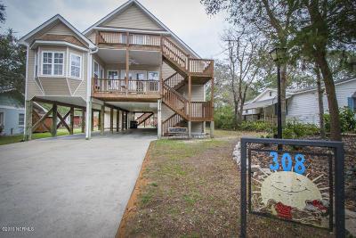 Oak Island Single Family Home For Sale: 308 SE 79th Street