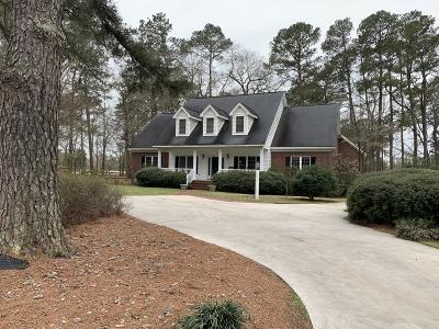 Kinston Single Family Home For Sale: 2490 Trails End Drive
