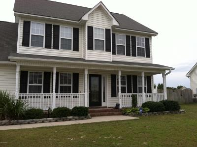 Richlands Single Family Home For Sale: 130 Harvest Moon Drive