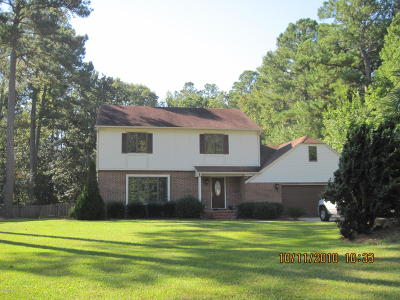 Morehead City Single Family Home For Sale: 2801 E Fairway Road