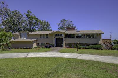 Hampstead Single Family Home For Sale: 140 Great Oak Drive