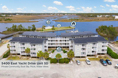 Oak Island Condo/Townhouse For Sale: 5400 E Yacht Drive #D5