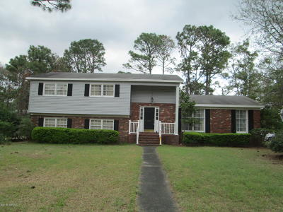 Wilmington Single Family Home Pending: 2227 Waverly Drive