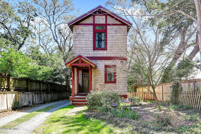 Wilmington Single Family Home For Sale: 302 Friendly Lane