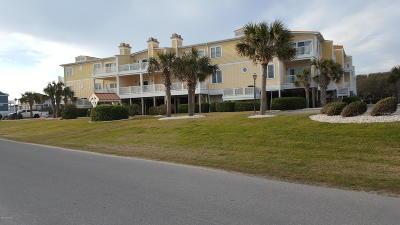 Oak Island Condo/Townhouse For Sale: 700 Ocean Drive #118