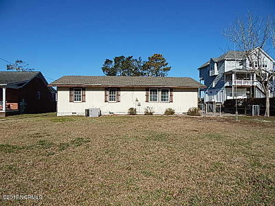 Sneads Ferry Single Family Home For Sale: 741 Chadwick Shores Drive