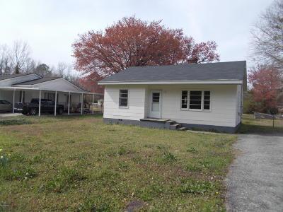 Kinston Single Family Home For Sale: 4048 Morris Drive