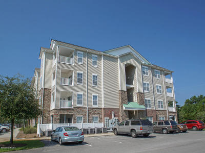 Surf City Condo/Townhouse For Sale: 100 Gateway Condos Drive #145