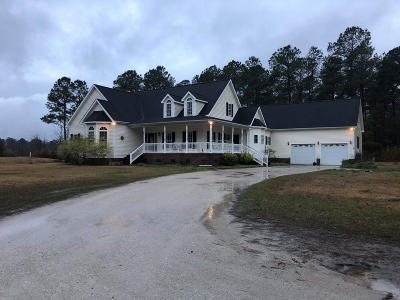 New Bern NC Single Family Home Active Contingent: $200,000
