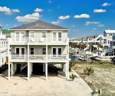 Ocean Isle Beach Single Family Home For Sale: 217 E Second Street