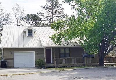 Sneads Ferry Single Family Home For Sale: 422 Whirl Away Boulevard