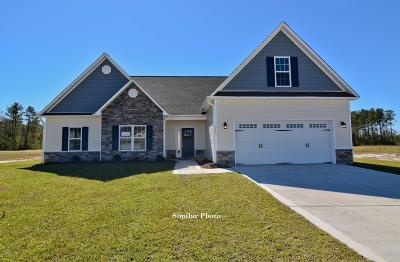 Jacksonville Single Family Home For Sale: 302 Crossroads Store Drive