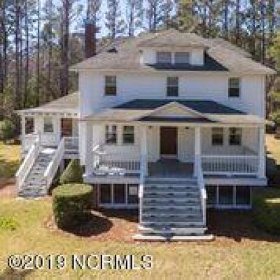 Bettie, Smyrna, Marshallberg, Gloucester, Straits, Davis, Williston, Stacy, Atlantic, Cedar Island, Sea Level Single Family Home For Sale: 1871 Hwy 70 Stacy