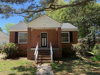 Single Family Home Sold: 619 Caldwell Avenue NE