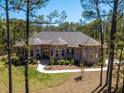 Southport Single Family Home For Sale: 4510 Grey Heron Court