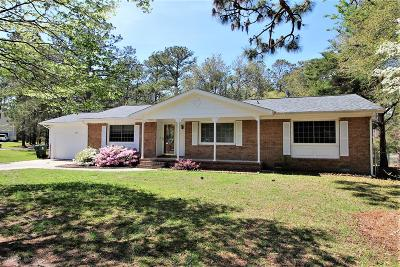 Cape Carteret Single Family Home For Sale: 111 Sutton Drive