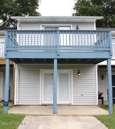 Jacksonville Condo/Townhouse For Sale: 92 Shoreline Drive #C