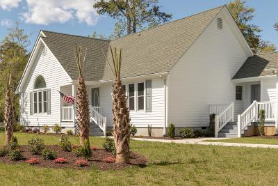 Morehead City Single Family Home For Sale: 806 W Haven Boulevard