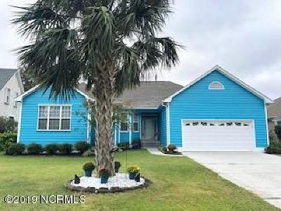 New Hanover County Single Family Home For Sale: 811 Boca Court