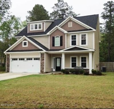Onslow County Single Family Home For Sale: 122 Navy Blue Drive