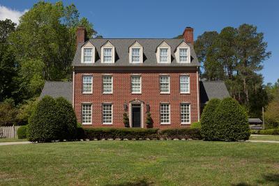 Kinston Single Family Home For Sale: 1606 Cambridge Drive