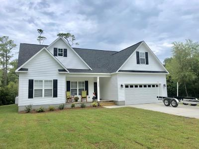 Morehead City Single Family Home For Sale: 3542 White Drive