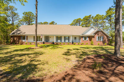 Cape Carteret Single Family Home For Sale: 414 Star Hill Drive