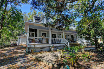 28461 Single Family Home For Sale: 126 North Bald Head Wynd