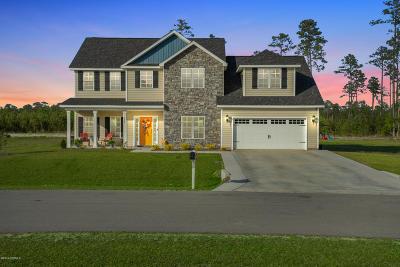 hubert Single Family Home For Sale: 174 Peytons Ridge Drive