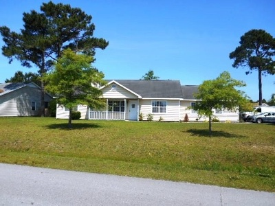 Hubert Single Family Home For Sale: 501 Dion Drive